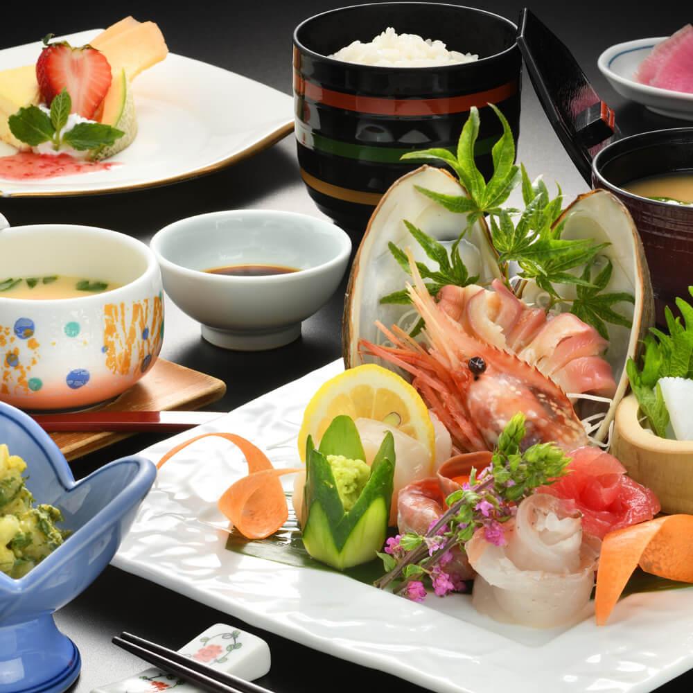 【和食ランチ】お造りがメーンのJapaneselunch